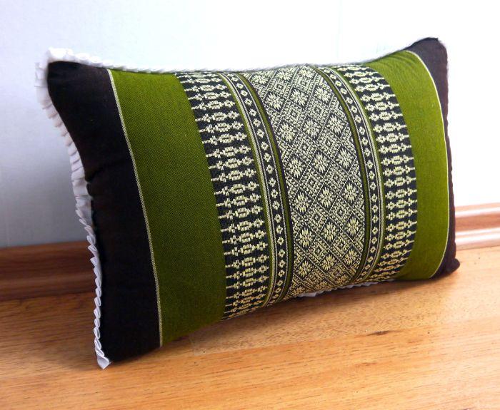 kapokkissen sofakissen thaikissen st tzkissen reisekissen. Black Bedroom Furniture Sets. Home Design Ideas