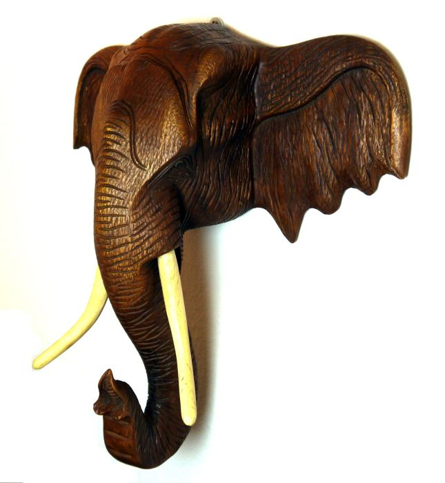 elefantenkopf 10kg 77cm holzelefant elefant aus holz skulptur figur deko asien ebay. Black Bedroom Furniture Sets. Home Design Ideas