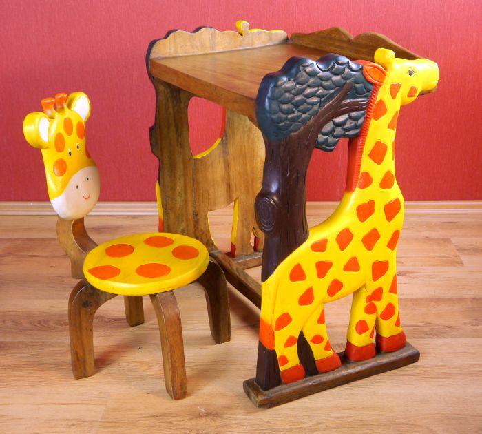 giraffenset kindertisch und stuhl massivholz tiermotive. Black Bedroom Furniture Sets. Home Design Ideas